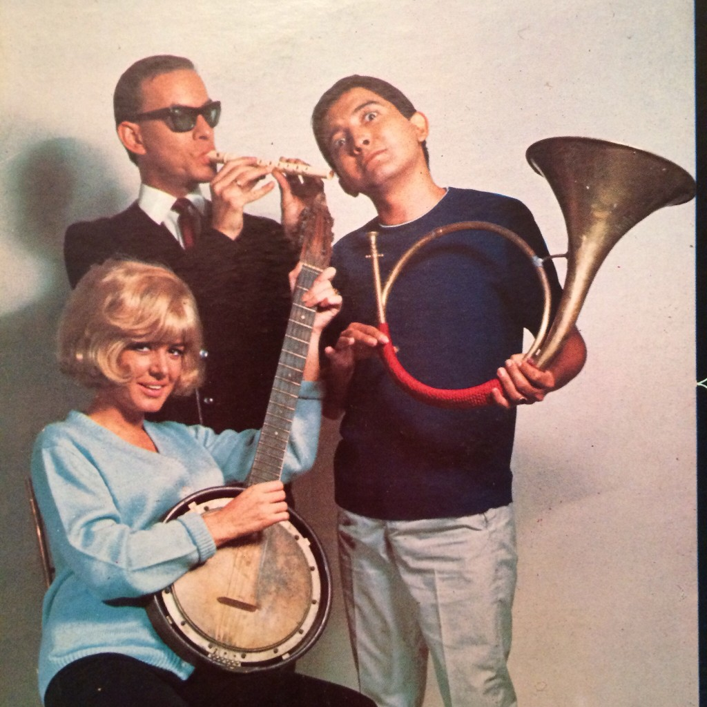 Hilarious 60s cover. Psycho horn player. Why does it remind of Suicidal Tendencies